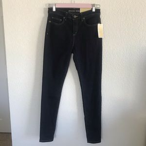 Michael Kors   Mid-Rise Izzy Skinny Jeans   size 4